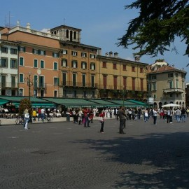 Piazza-Br_1242689093