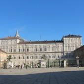 Piazza Castello 03