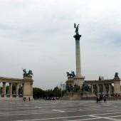 Piazza degli Eroi 01