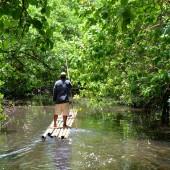 DSC_5236 Pescatore tra i canali di Nan Madol