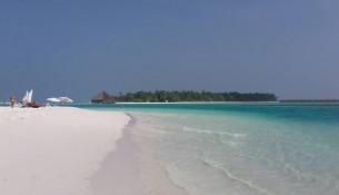 08 dhiffushi spiaggia