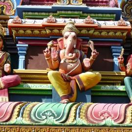 360-Sosta al tempio indu'