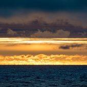 Prima alba al largo di Nordaustlandet