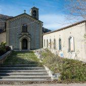 DSC_8496 Arcumeggia - La chiesetta di Sant'Ambrogio e la Via Crucis