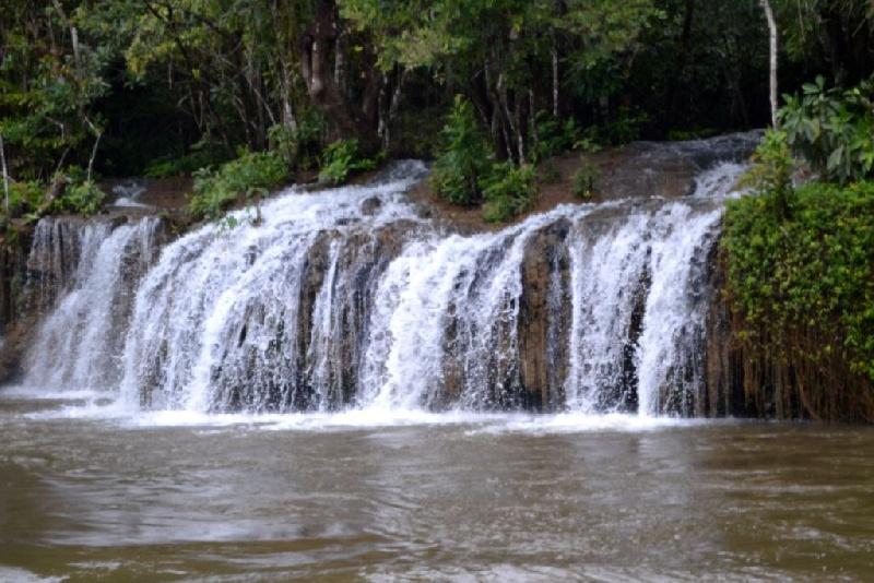 8-Foresta-e-cascata