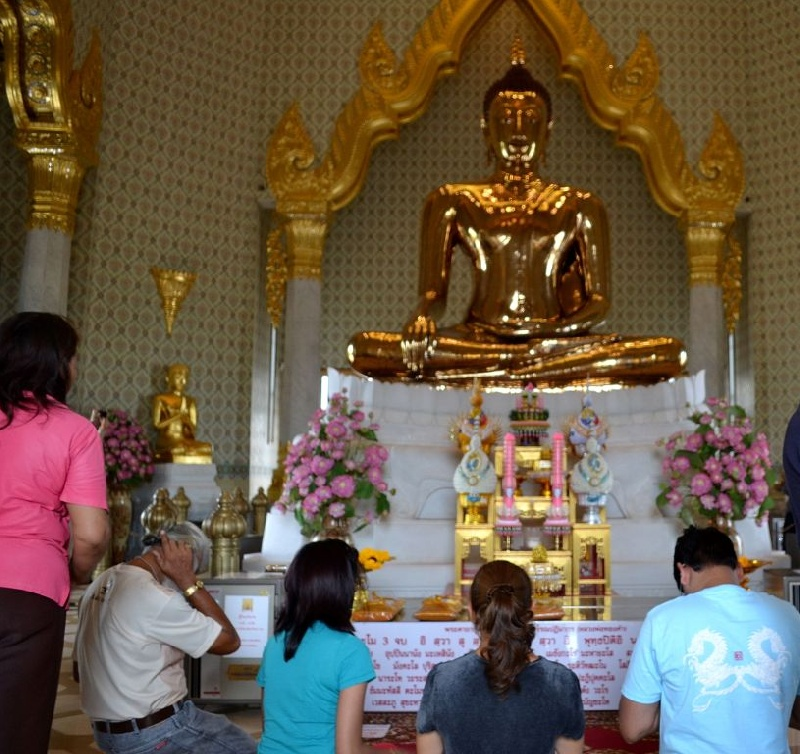 D9--Wat-Trimitr-tempio-buddha-