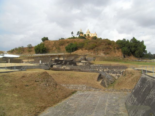 Messico-Piramide-di-Cholul-640