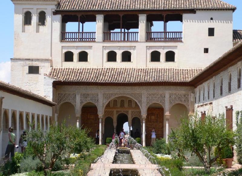 Alhambra-palazzo-del-generalif