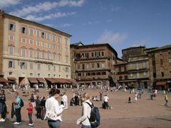 Siena-Piazza-del-Campo-320x200