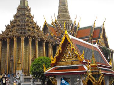 2-Wat-Phra-Kaeo