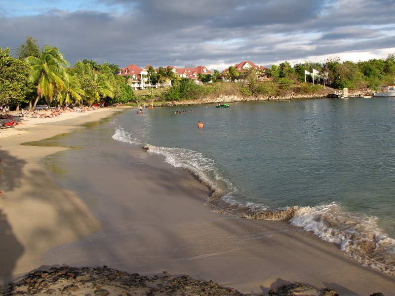 16-La-spiaggia-del-villaggio-a