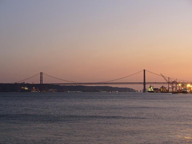 Lisbona---Ponte-al-Tramonto