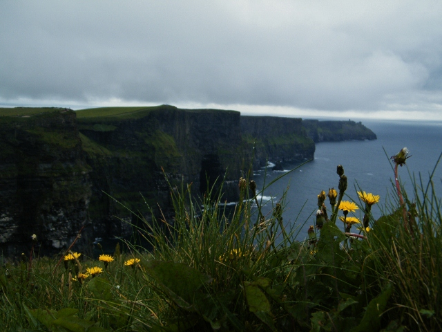 Cliffs-of-Moher-640x480