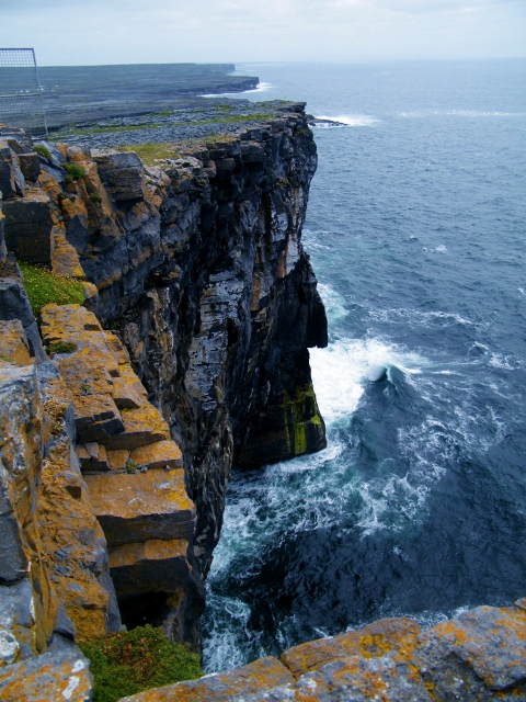 Isole-Aaran-Inishmore2-480x640