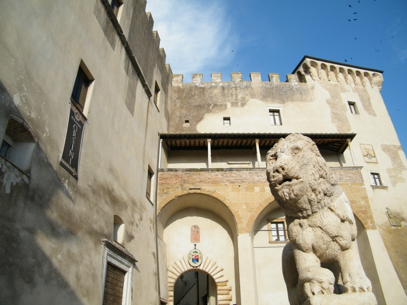 Pitigliano-Palazzo-Orsini-800x