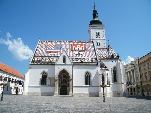 Zagabria-Piazza-SMarco-e-Chies