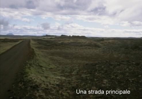 Islanda---Una-strada-principal