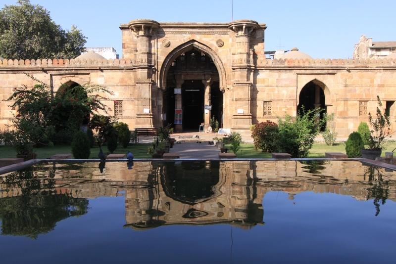 jama-masjid-ad-Ahmedabad